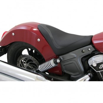 SELLA CONDUCENTE IN PELLE MUSTANG RUNAROUND™ NERA PER INDIAN SCOUT/SCOUT SIXTY '15-'18