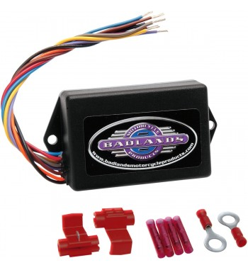 UNIVERSAL METRIC ILLUMINATOR STYLE RUN, BRAKE AND TURN SIGNAL MODULE CUSTOM MOTORCYCLE